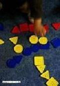 Formen und Farben in der Krippe 0
